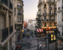 Street in Paris - Study abroad